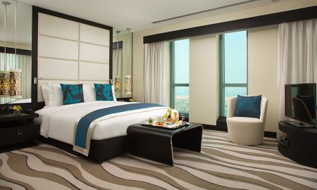 Suite Opera com Acesso ao Club Millesime - Sofitel Abu Dhabi Corniche - Abu Dhabi