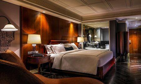 JATU DELUXE, 1 King Size Bed - Hotel Muse Bangkok Langsuan - MGallery Collection - Bangkok