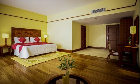 Suite Club - Thansur Sokha Hotel - Kampot