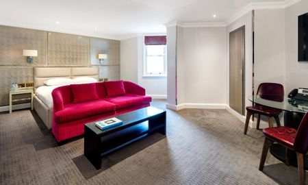 Camera Executive - £15.00 Giornaliero Coupon Offerto - Radisson Blu Edwardian Mercer Street Hotel - Londra