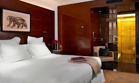 Classique Montaigne - Hotel Montaigne - Parigi
