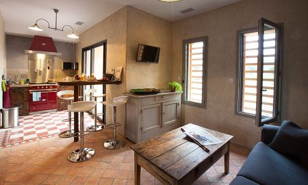 Apartment (2 to 5 people) - Hôtel-Spa Le Saint Cirq - Tour-de-faure