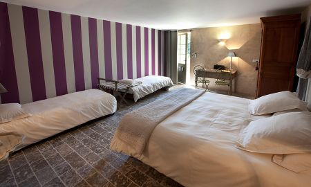 Family Room (2 adults+ 2 children) - Hôtel-Spa Le Saint Cirq - Tour-de-faure