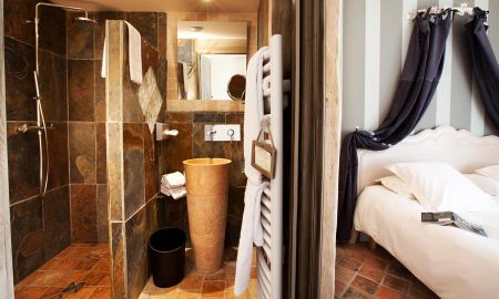 Family Room - Two adults & one child - Hôtel-Spa Le Saint Cirq - Tour-de-faure