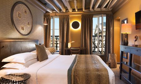 Superior Pantheon Room - 2 Free Glasses of Champagne - Hotel Les Dames Du Pantheon - Paris