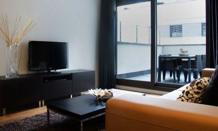 Three-Bedroom Apartment (7-8 Adults) - Sensation Sagrada Familia - Barcelona