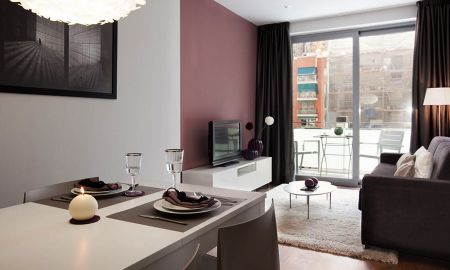 Two-Bedroom Apartment (2-4 Adults) - Sensation Sagrada Familia - Barcelona