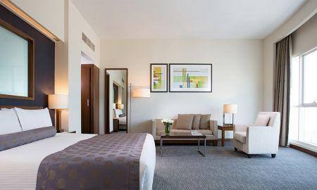 Suite Junior - Grand Millennium Al Wahda Abu Dhabi - Abu Dhabi