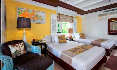 Quarto perto da piscina com banheira - Thavorn Beach Village Resort & Spa Phuket - Phuket