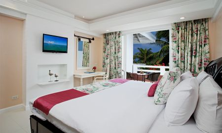 Three-Bedroom Presidential Suite - Thavorn Palm Beach Resort Phuket - Phuket