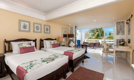 Deluxe terrace - Thavorn Palm Beach Resort Phuket - Phuket