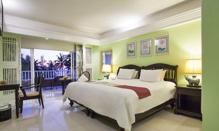 Deluxe Terrace High Floor with Pool View - Thavorn Palm Beach Resort Phuket - Phuket