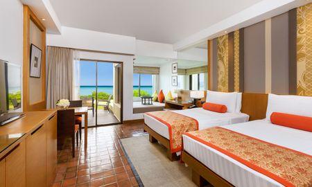 Ocean Front Terrace 2 Twin Beds - SAii Laguna Phuket - Phuket