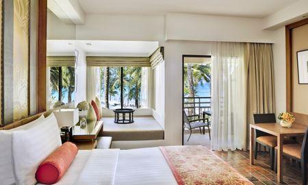 Ocean Front 1 King Bed - SAii Laguna Phuket - Phuket