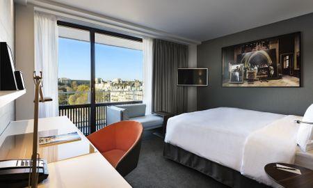 Camera Deluxe King con balcone - Pullman Paris Tour Eiffel - Parigi