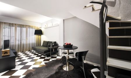 Standard Duplex Room - Hotel Gran Derby - Barcelona