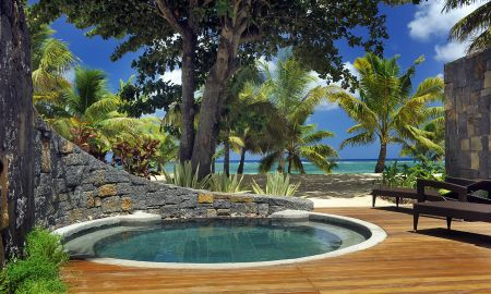 Beachfront Pool Suite - Trou Aux Biches Beachcomber - Mauritius Island