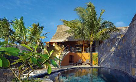 Beachfront Single Pool Senior Suite - Trou Aux Biches Beachcomber - Mauritius Island