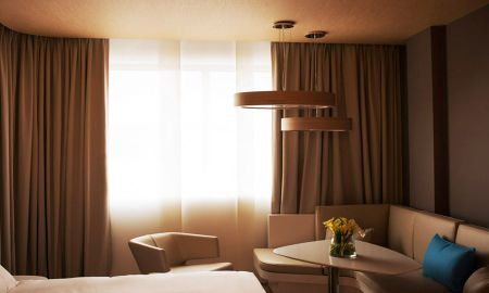 Superior Room with City View - Pullman Brussels Midi - Brussels