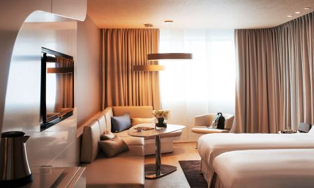 Superior Twin Room with City View - Pullman Brussels Midi - Brussels