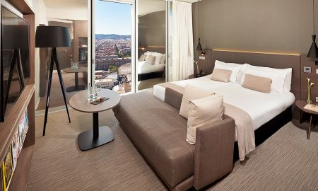 The Level Grand Premium Room - City View - The Level At Melia Barcelona Sky - Barcelona