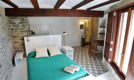 Double Room - PUNTOS SUPENSIVOS - La Demba Art-Hotel - Huesca