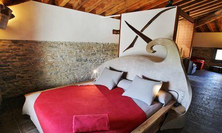 Suite Familiare - FORMAS - La Demba Art-Hotel - Huesca