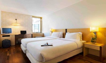 Comfort Twin Room - HF Fenix Urban - Lisbon
