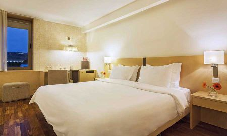 Comfort Double Room - HF Fenix Urban - Lisbon