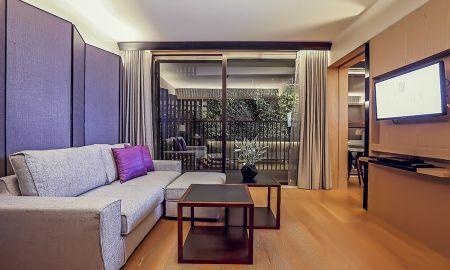 Premier Room - Arcadia Suites Ploenchit Sukhumvit By Compass Hospitality - Bangkok