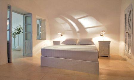 Suite Superior - Sun Rocks Hotel - Santorini