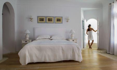 Honeymoon Suite - Kirini Suites & Spa - Santorini