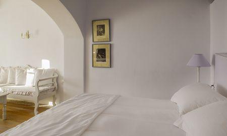 Superior Suite - Kirini Suites & Spa - Santorini