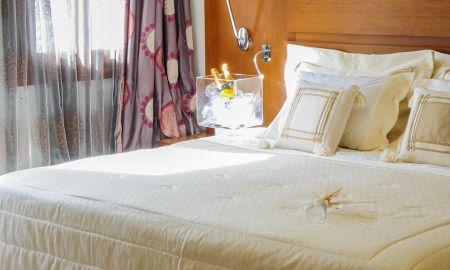 Double Room with Balcony - Aressana Spa Hotel & Suite - Santorini