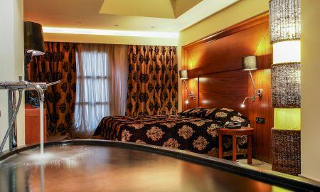 Suite Jacuzzi - Vista Mare - Aressana Spa Hotel & Suite - Santorini