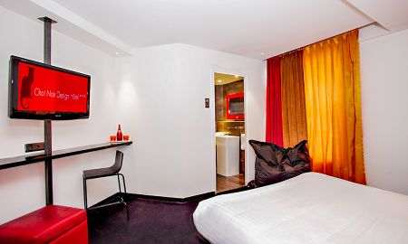 Single Queen Room - Le Chat Noir Design Hotel - Paris