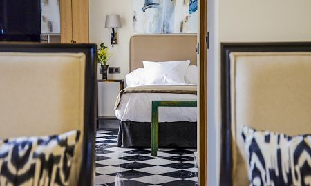 One Bedroom Deluxe Apartment - Aguilas5 SevillaSuites - Seville