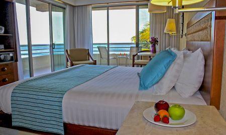 Suite Junior Club Premium - Vista Frontal a la playa - Barcelo Gran Faro Los Cabos - Los Cabos