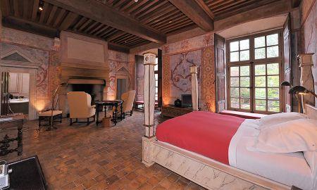 Suite Château Supérieure - Hotel Chateau De Bagnols - Rhône-alpes