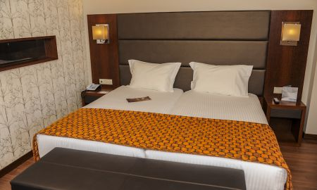 Double Room With Balcony - Eurostars Oporto - Porto