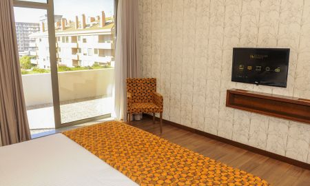 Double Room with Terrace - Eurostars Oporto - Porto
