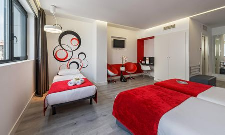 Camera Matrimoniale con Letto Supplementare - Eurostars Central - Madrid