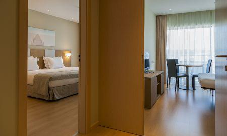 Suite Júnior Individual - Eurostars Oasis Plaza Hotel - Centro