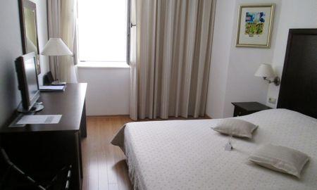 Economy Double Room - Hotel Croatia - Split-dalmatia County