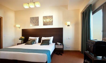 Chambre Triple - Hotel DAH - Dom Afonso Henriques - Lisbonne