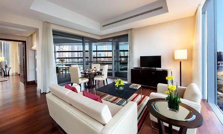 Deluxe Suite with Private Balcony - The Oberoi Dubai - Dubai