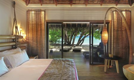 Beach Villa - Constance Moofushi - Maldives
