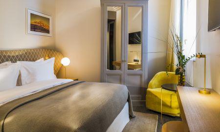 Chambre Classique - Hotel Le Marianne - Paris