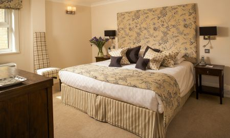 Superior Three bedroom Apartment - Beaufort House Luxury Apartments - London
