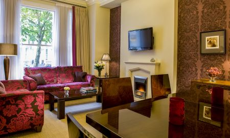 Standard Two Bedroom Apartment - Beaufort House Luxury Apartments - London